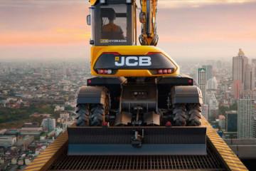 JCB Debuts the Hydradig